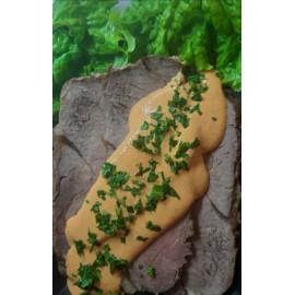 Carne al horno con salsa de morrón